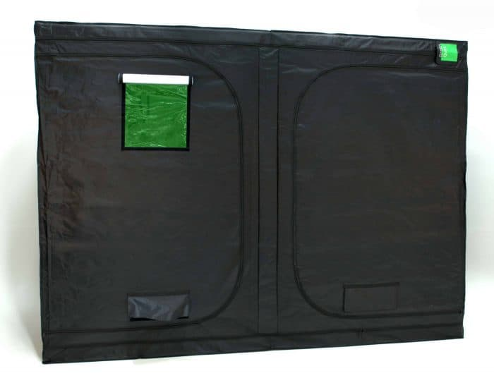 Roof Qube 1530 grow tent closed