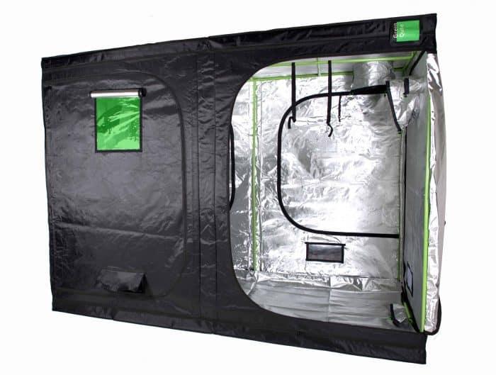 Green Qube 2030 grow room