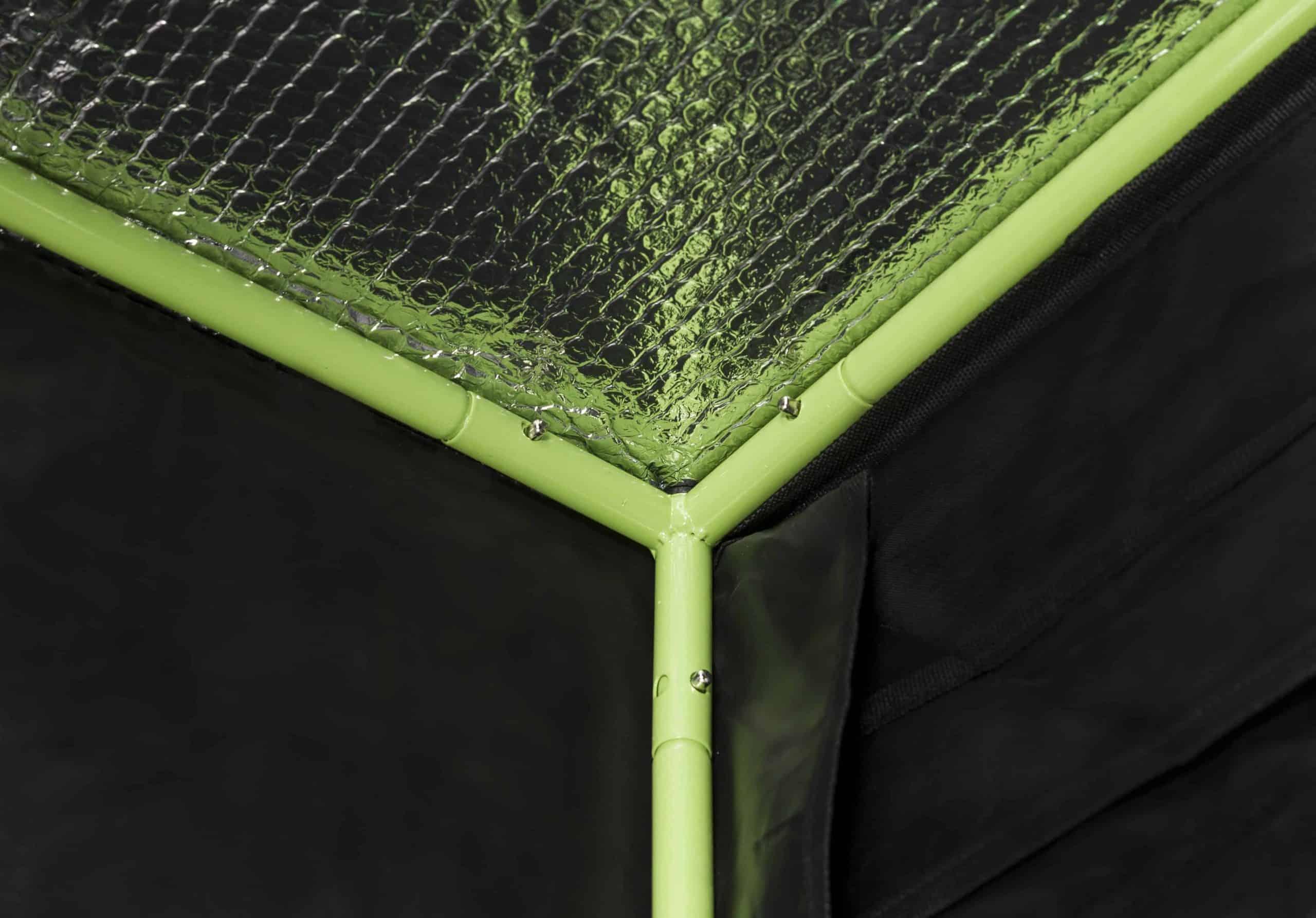 X Qube grow tent - interior