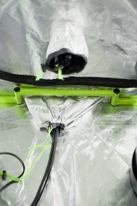 Green Qube grow tent's uplift bar